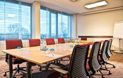 Dolce_Munich_Unterschleissheim-Unterschleissheim-Conference_room-1-448545.jpg