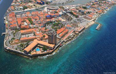 Plaza_Curacao_Hotel_Casino-Willemstad-Exterior_view-1-449206.jpg