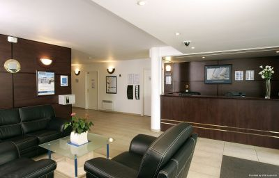 Hall Appart City Versailles Le Port Marly Residence Hoteliere Le Port-Marly (Île-de-France)