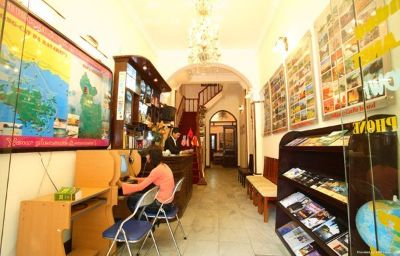 APT_HOTEL-Hanoi-Hall-461136.jpg