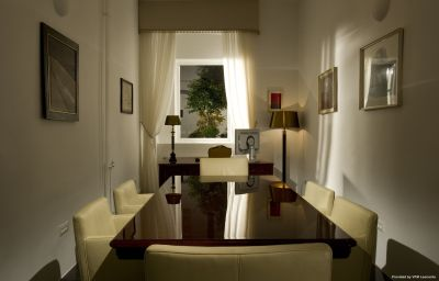Centro de negocios Antiq Palace Small Luxury Hotel of the World- SLH Ljubljana