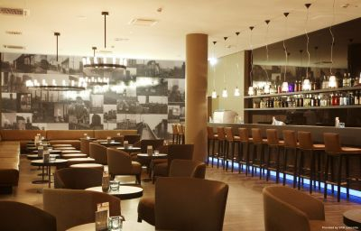 Bar Motel One Essen (Nordrhein-Westfalen)