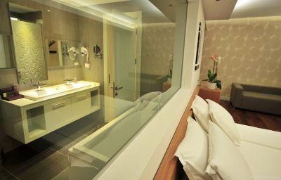 Highlight_Hotel-Bodrum-Room-9-539219.jpg