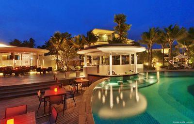 Hotel bar Holiday Inn Resort PHUKET MAI KHAO BEACH RESORT