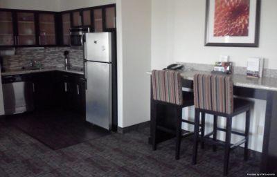 Staybridge_Suites_BISMARCK-Bismarck-Room-9-572860.jpg