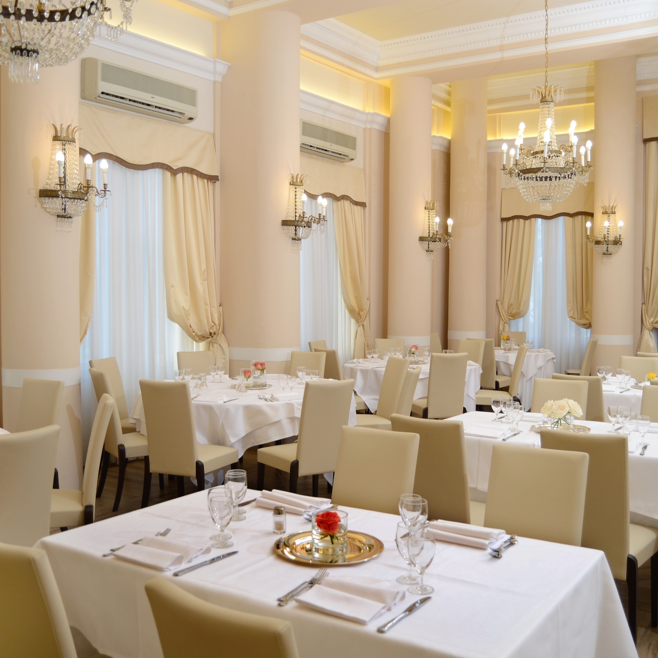 Grand Hotel Vittoria Italy At Hrs With Free Services