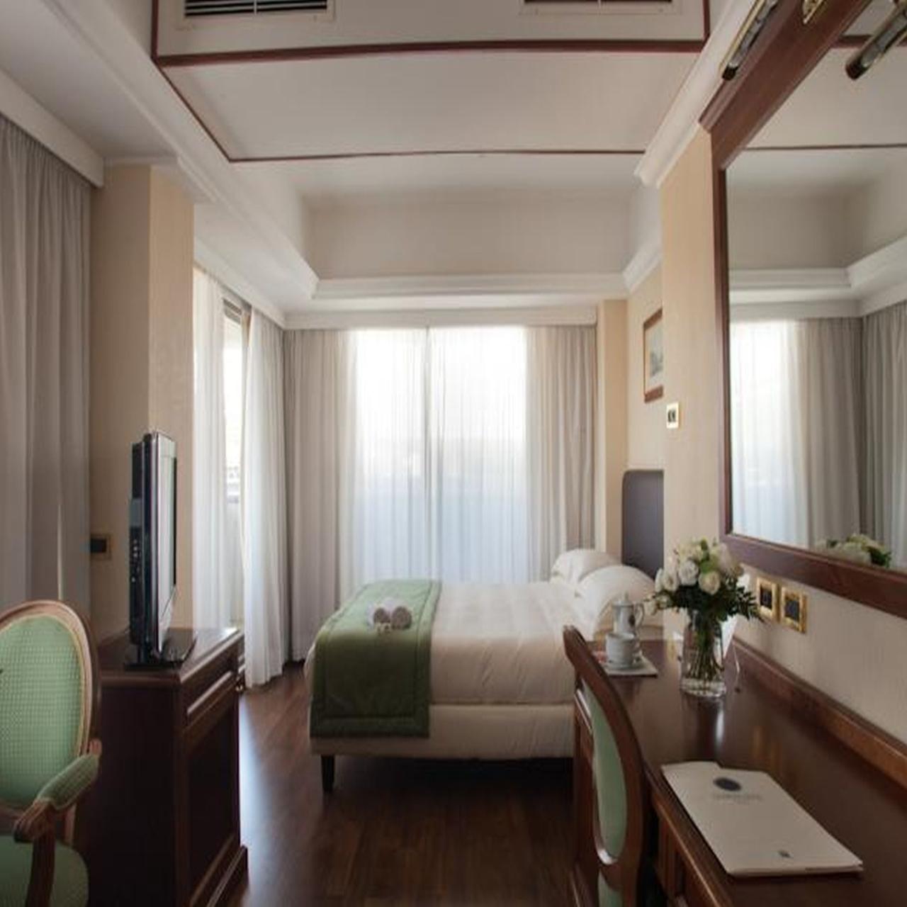 Casa Coppola Roma Rm ih hotels roma cicerone - 4 hrs star hotel in rome (lazio)
