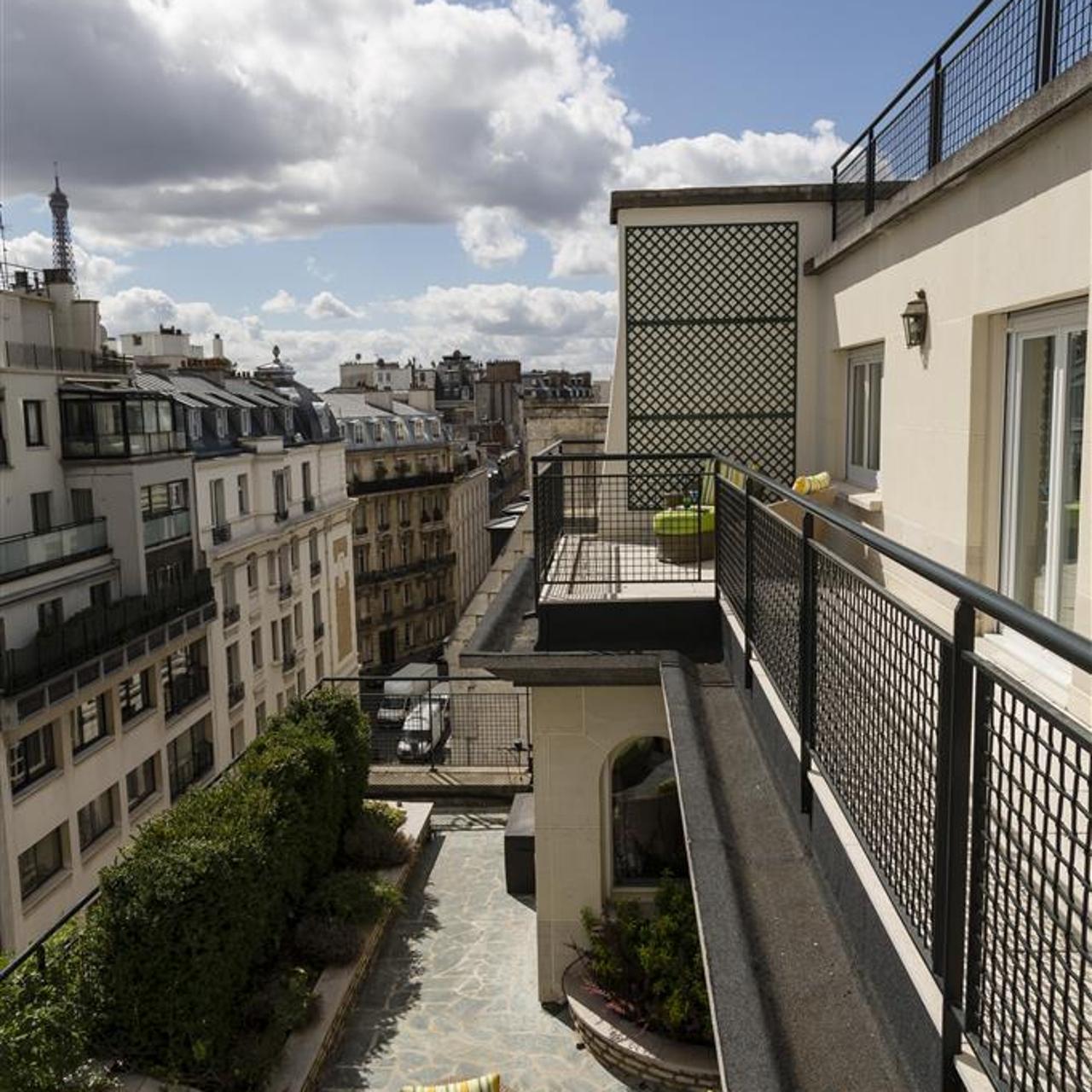 Majestic Hotel Spa 5 Hrs Star Hotel In Paris Ile De France