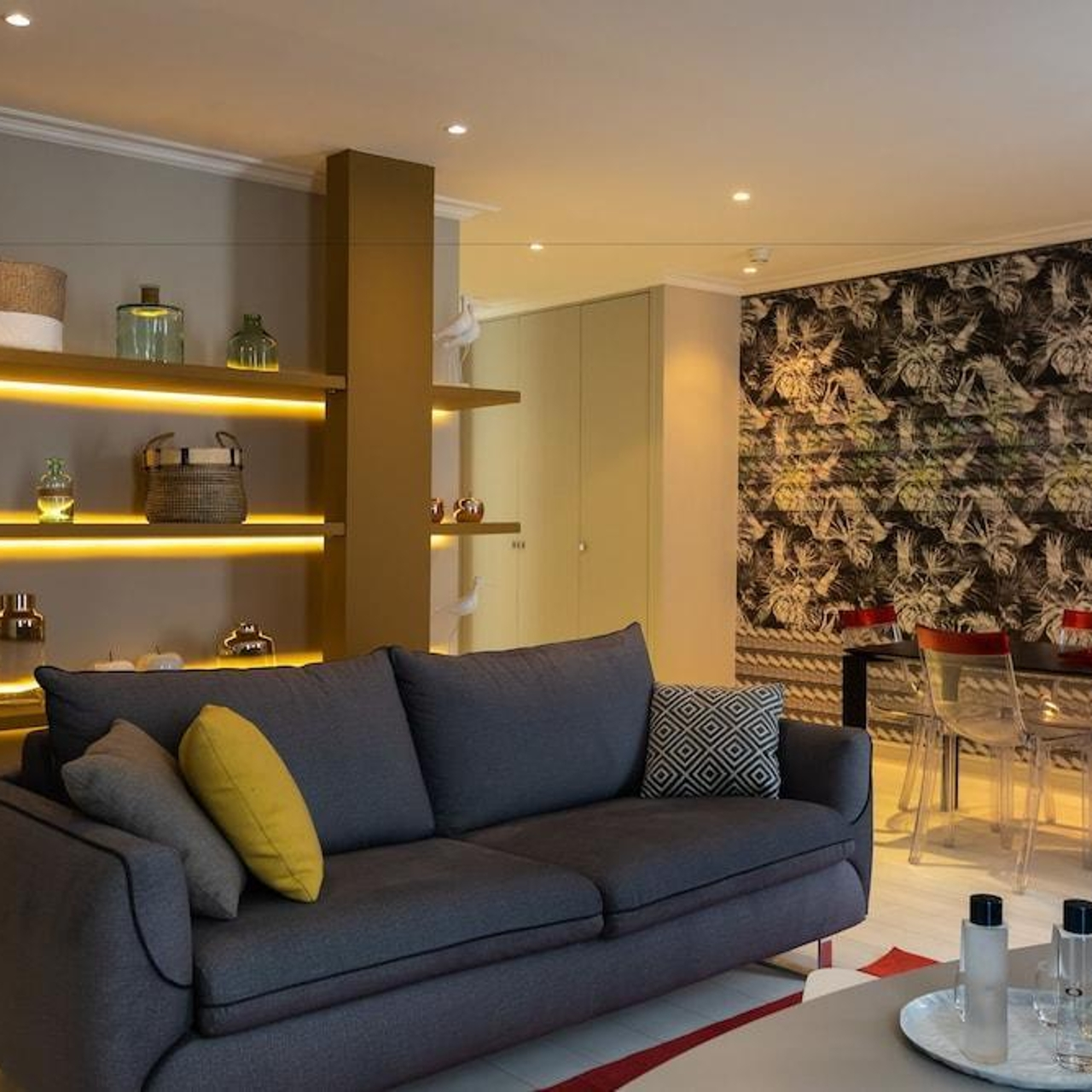 Hotel Residence Spa Le Prince Regent In Paris Ile De France Hrs