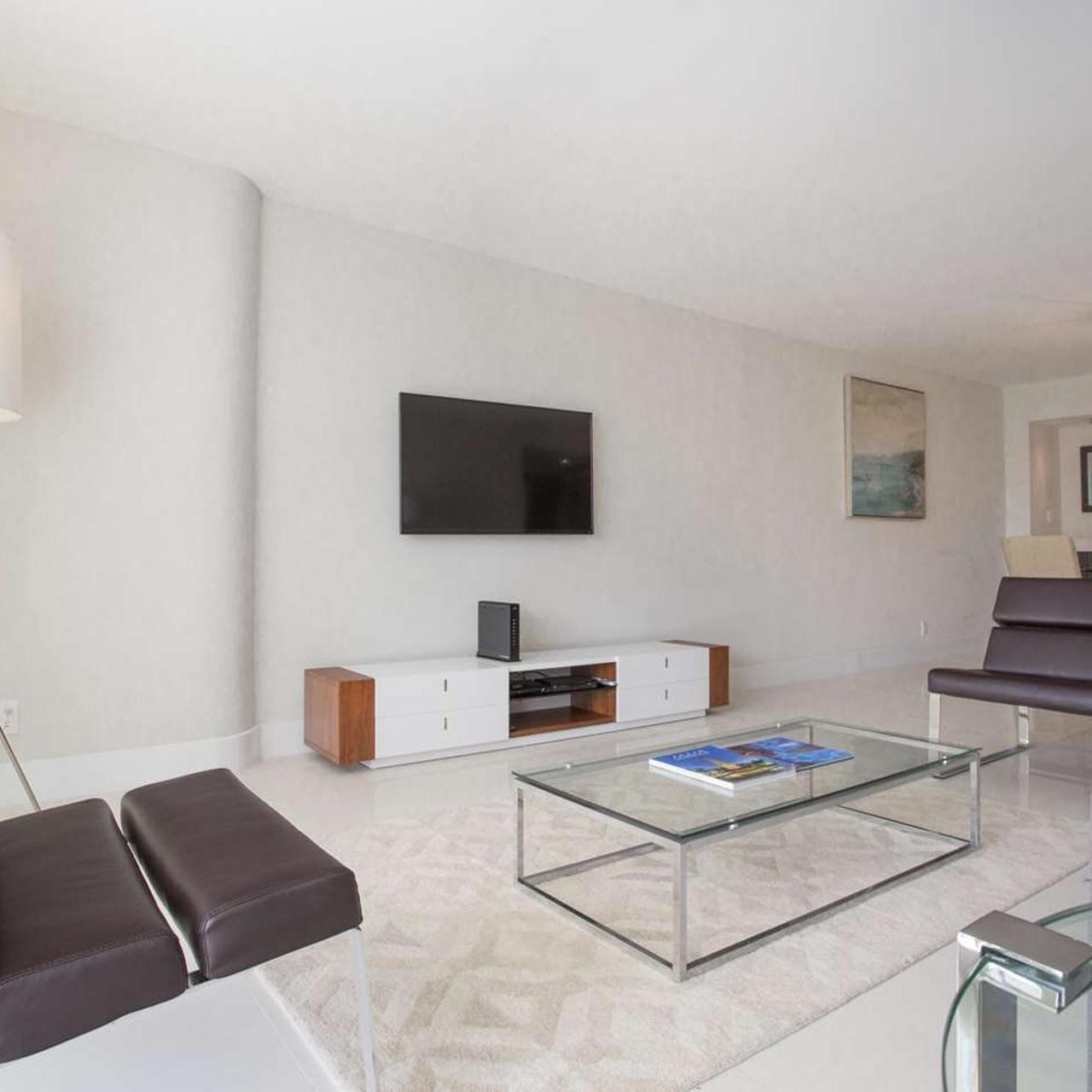 Doubletree By Hilton Grand Hotel Biscayne Bay Miami Florida Bei Hrs Mit Gratis Leistungen