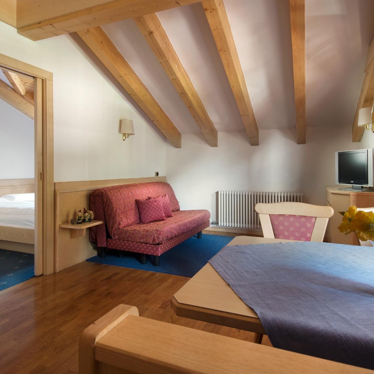 Hotel Garni Aritz Italia Presso Hrs Con Servizi Gratuiti