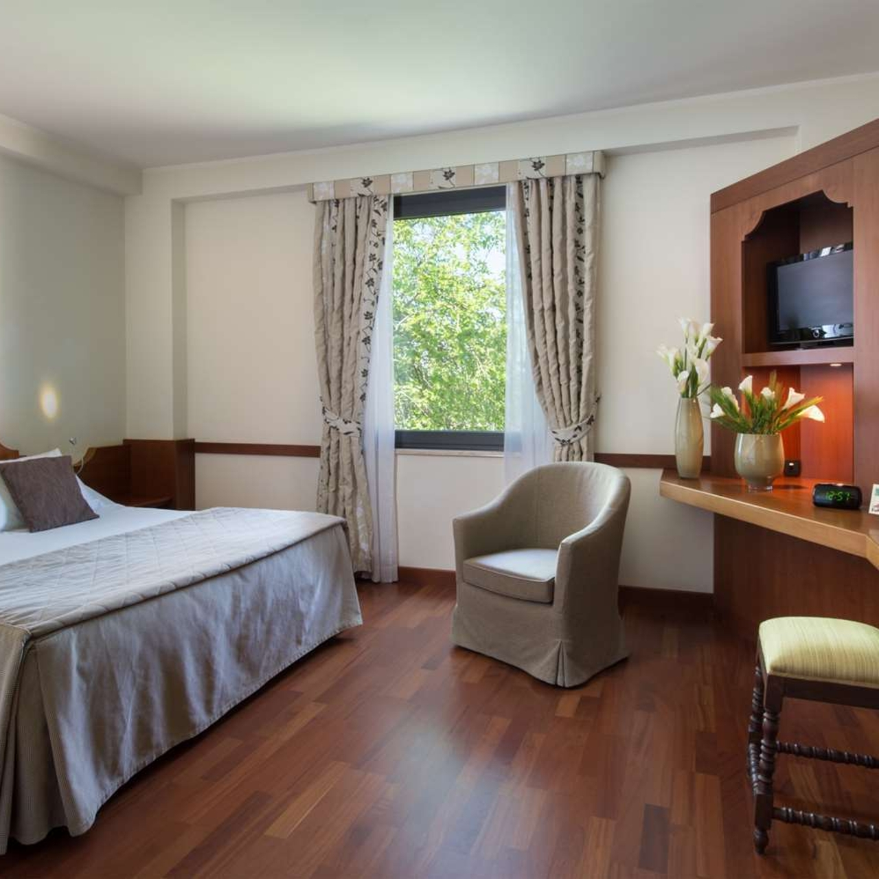Valle Di Assisi Hotel Resort Spa 4 Hrs Star Hotel In Assisi Umbria