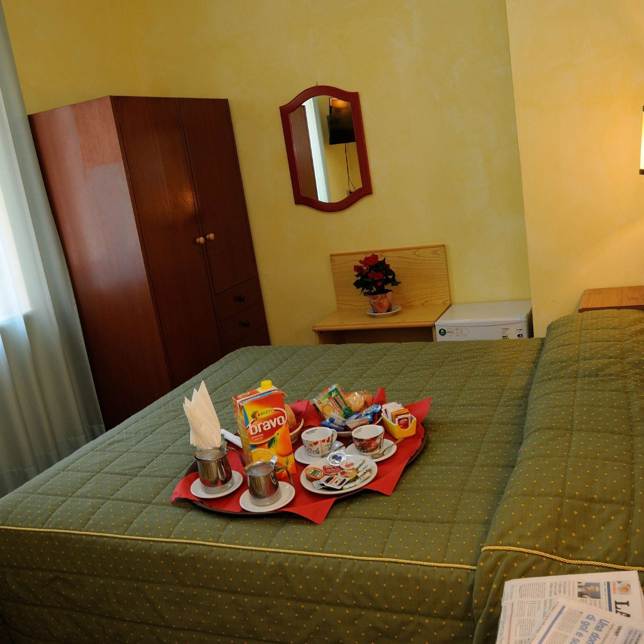 Hotel Puntabella Italia Presso Hrs Con Servizi Gratuiti