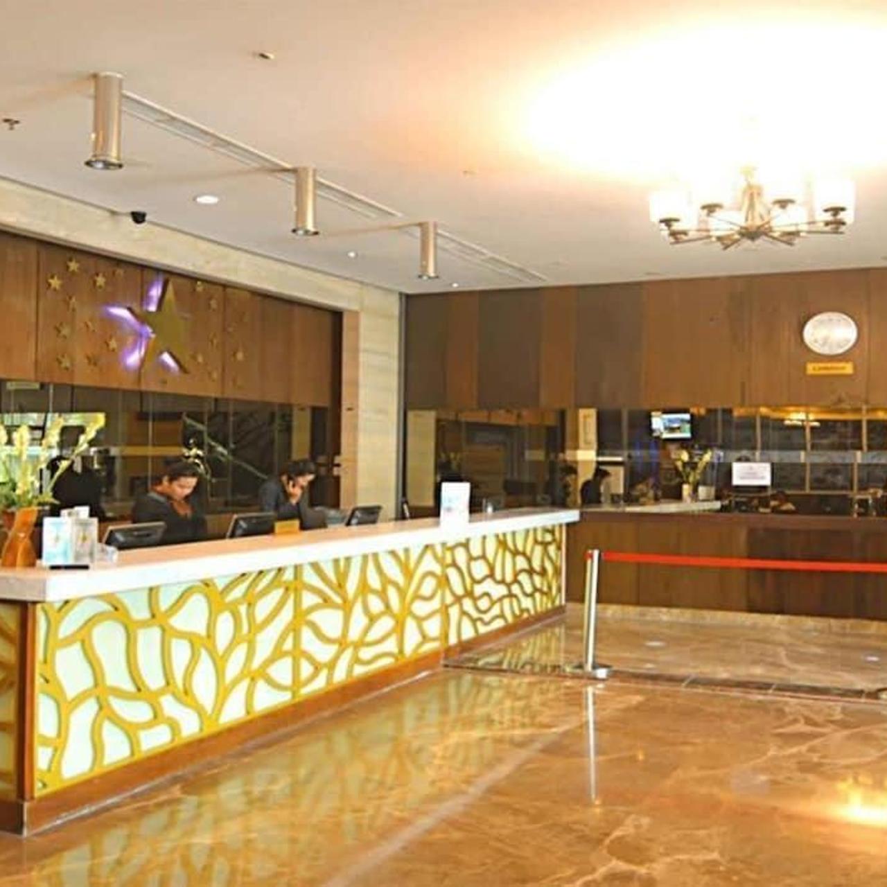 Star Hotel Semarang 4 Hrs Star Hotel In Semarang