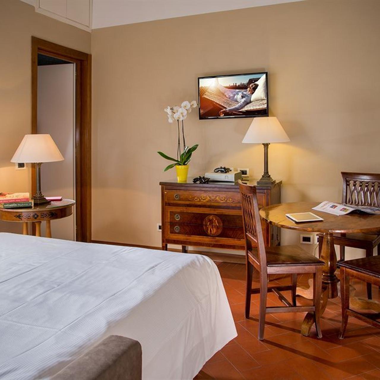 Hotel Astrid Roma Suites Roma Lazio Presso Hrs Con Servizi Gratuiti