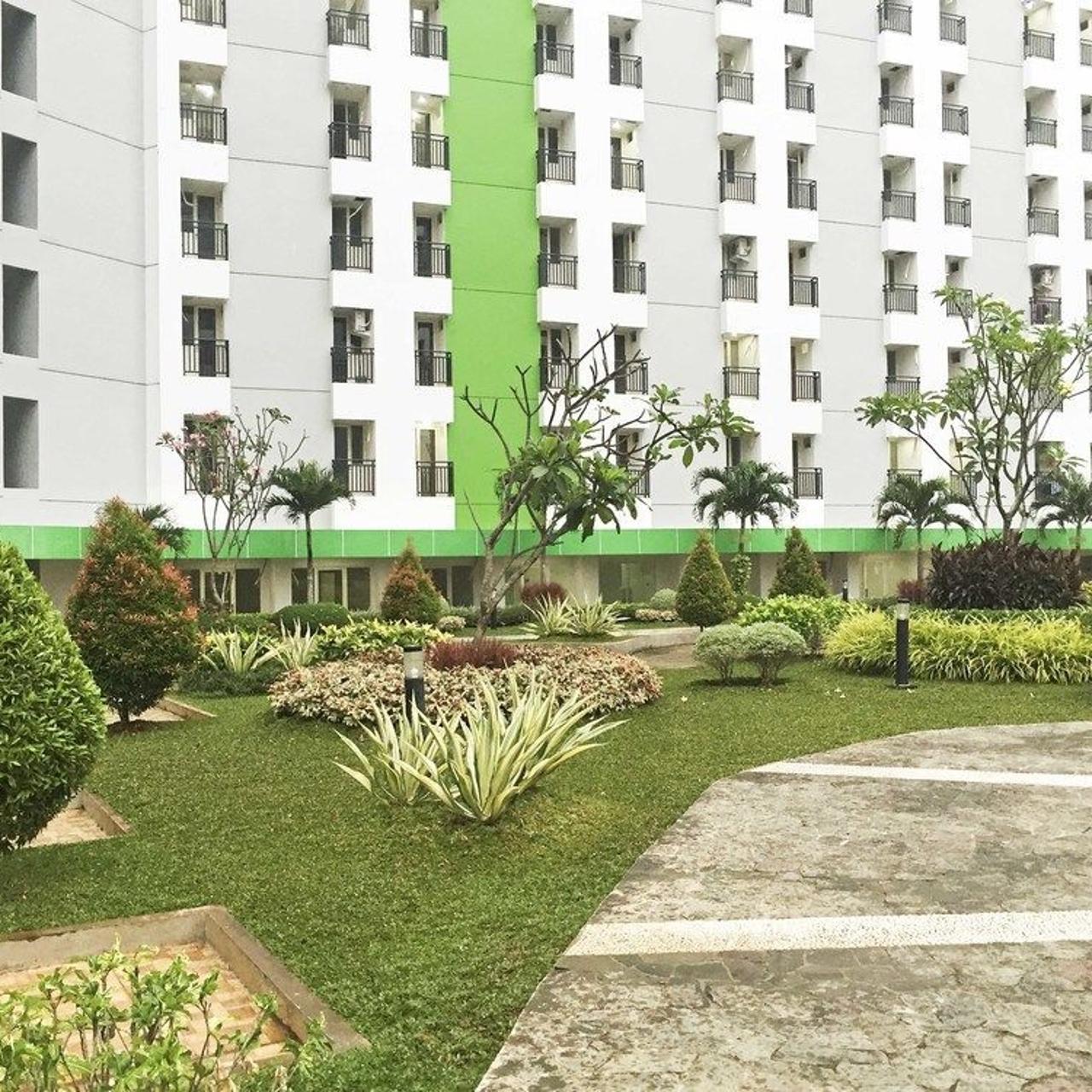 Hotel Reddoorz Apartment Green Pramuka 3 Hrs Star Hotel In Jakarta