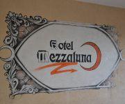 Photo of the hotel Hotel Mezzaluna