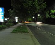 Albury Burvale Motor Inn