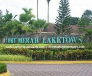 BUKIT MERAH LAKETOWN RESORT KAMPUNG AIR