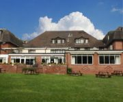 OAKLANDS HOTEL AND COURT