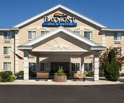 BAYMONT INN & SUITES MACKINAW
