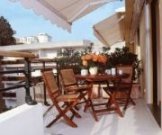 Neotelia Pavillon Riviera
