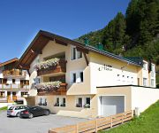 Haus Aktiv & Dependance Villa Alpin Pension