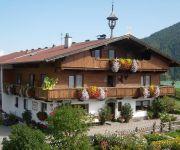 Bauernhof Obinghof & Haus Tirol