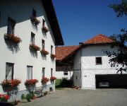 Bauernhof Familienbauernhof Höllmühle