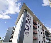 Alezan Hotel & Residence