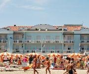 Alba D'Oro Strandpromenade