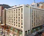 Home2 Suites by Hilton Philadelphia - Convention Center PA