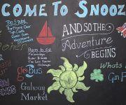 Snoozles Tourist Hostel
