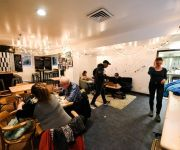 HI-Montreal Hostel
