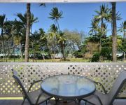 Seascape Holidays- Port Douglas Terrace