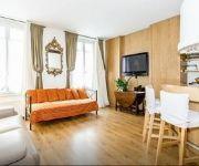 LG Montparnasse Apartment