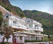 Sealily Lake Side Garden Honeymoon Boutique Hotel