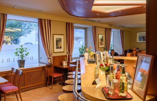 Frankfurt am Main: Tagunghotel Höchster Hof Restaurant