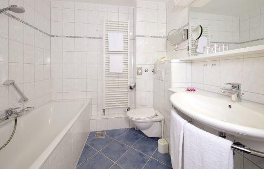 Park Hotel Post Am Colombipark-Freiburg im Breisgau-Bathroom