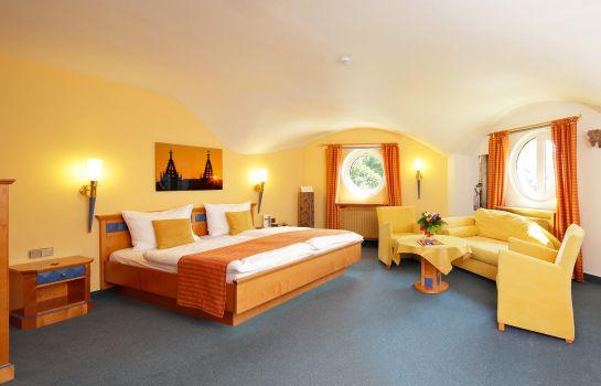 Park Hotel Post Am Colombipark-Freiburg im Breisgau-Suite