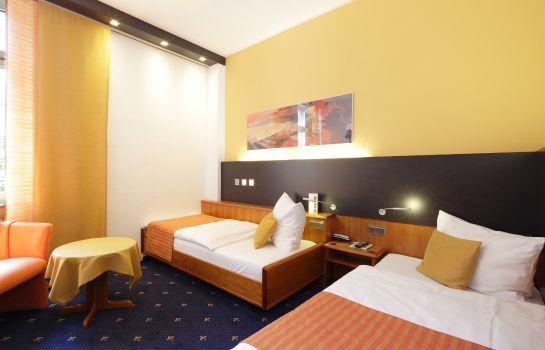 Park Hotel Post Am Colombipark-Freiburg im Breisgau-Ecomomy Zimmer Doppel