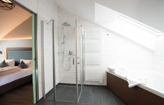 Stadthotel Freiburg Kolping Hotels Resorts-Freiburg im Breisgau-Junior suite