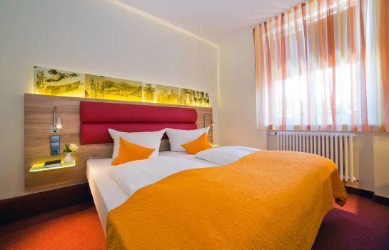 Stadthotel Freiburg Kolping Hotels Resorts-Freiburg im Breisgau-Doppelzimmer Standard