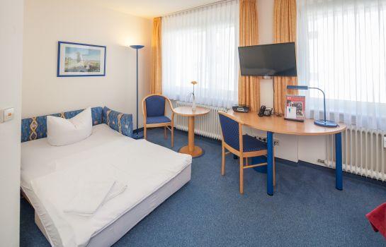 City Hotel-Freiburg im Breisgau-Dreibettzimmer