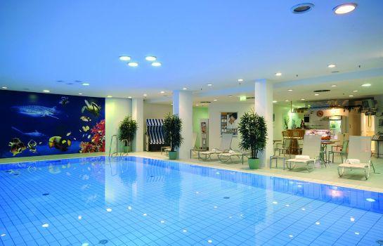 Maritim_proArte-Berlin-Schwimmbad-1-10518 Pool
