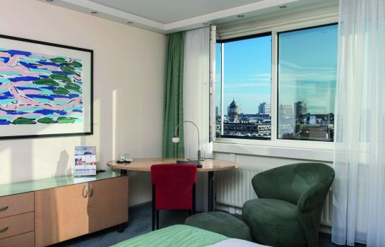 Maritim_proArte-Berlin-Business-Zimmer-2-10518 Room