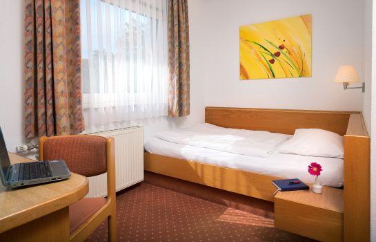 Heuboden-Umkirch-Einzelzimmer Standard