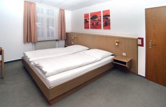1A Hostel Zimmer frei