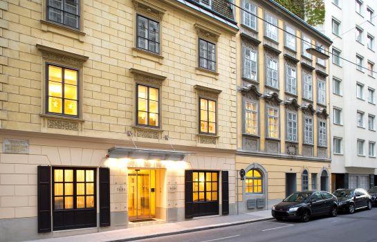 Hotels Und 220 Bernachtungen Am Volksgarten Wien Garten In Wien