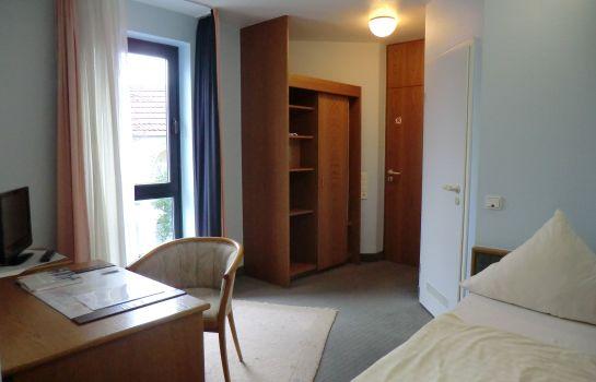 Corsten-Heinsberg-Einzelzimmer_Standard-3-23355
